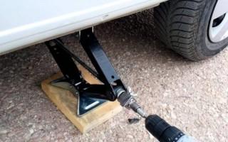 Как правильно ставить домкрат: виды домкратов для автомобилей и правила их установки
