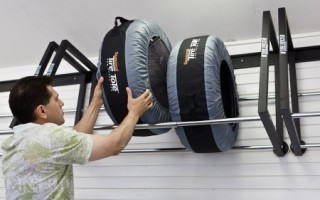 Как хранить колеса в гараже