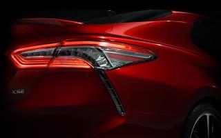 Новую Toyota Camry покажут в январе
