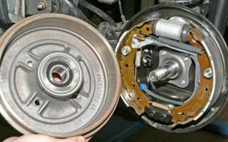 Инструкция по замене задних тормозных колодок на Renault Logan