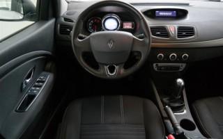 Блок предохранителей и реле стартера Рено Флюенс: полное руководство по замене предохранителей на автомобиле Renault Fluence