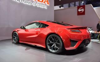 В Женеве дебютировала серийная версия суперкара Honda NSX