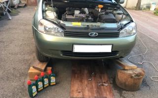 Инструкция замены моторного масла на Лада Калина – пошагово