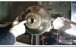 Замена тормозных колодок и диска на БМВ Е39