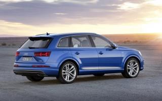 Новая базовая Audi Q7 для российского рынка