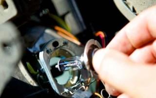 Замена габаритных лампочек Форд Фокус 2: меняем лампочку переднего габарита на Форд Фокус 2